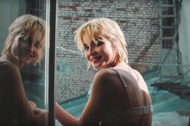 Полина Гагарина в клипе