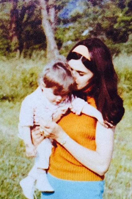 Мелания Трамп с мамой