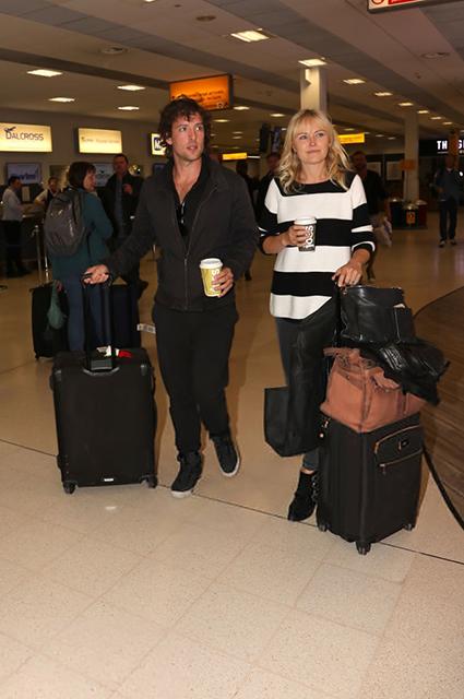 Малин Акерман и Джек Доннелли в аэропорту Абердина
