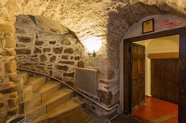 Замок Уордхилл