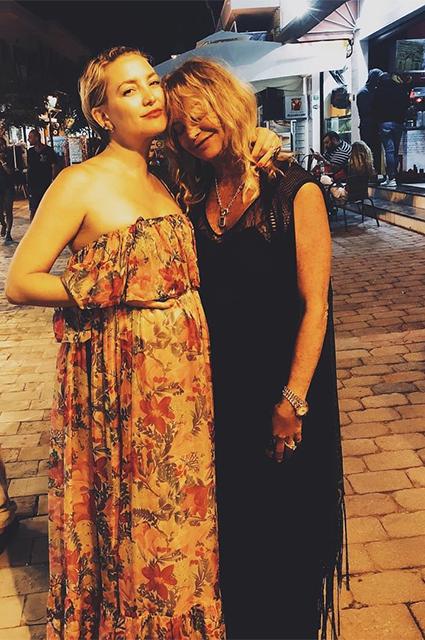 Кейт Хадсон с мамой Голди Хоун