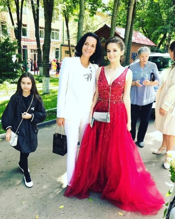 Александра Морозова с мамой - певицей Славой