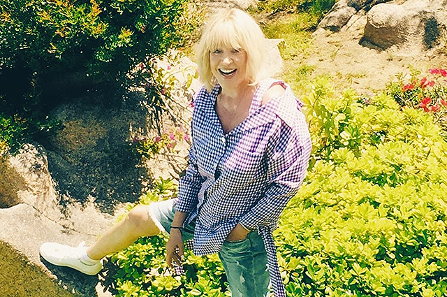 69-летняя Алла Пугачева в шортах поразила поклонников внешностью: