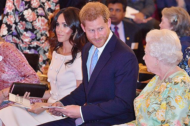 Принц Гарри и Меган Маркл в Букингемском дворце встретились с участниками социальной программы
