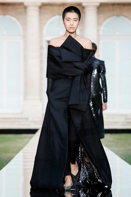 Показ Givenchy