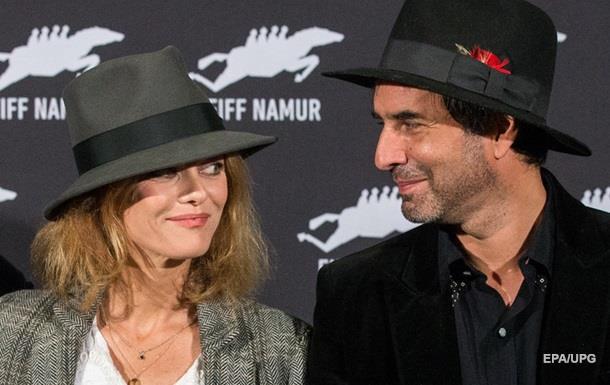 Актриса Ванесса Паради вышла замуж