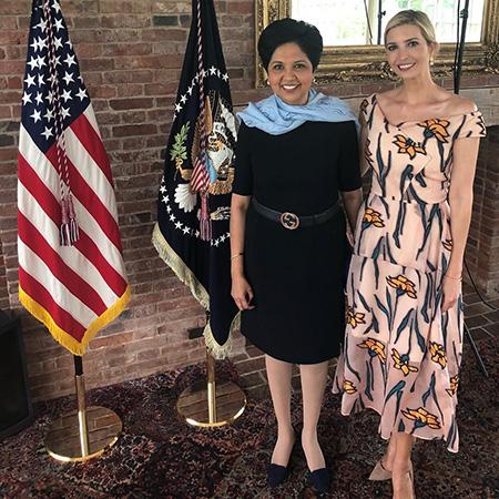 Индра Нуйи и Иванка Трамп