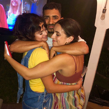Селена Гомес с друзьями