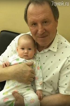 Владимир Стеклов с дочкой