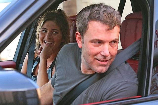 Счастливые Бен Аффлек и модель Playboy Шона Секстон снова замечены вместе