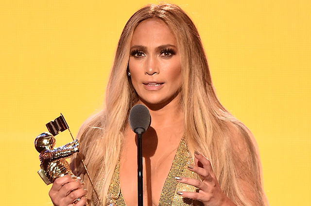 Золото нации: Дженнифер Лопес стала триумфатором премии MTV Video Music Awards 2018