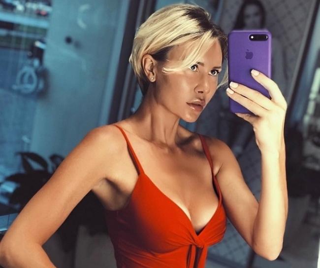 Элина Карякина: Задойнов угрожает моей семье
