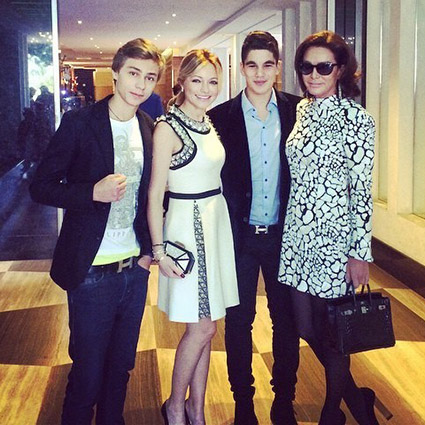 Инна Маликова и Ольга Магомедова с сыновьями