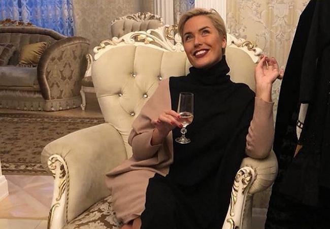 Оксана Ряска стала владелицей однушки в Санкт-Петербурге