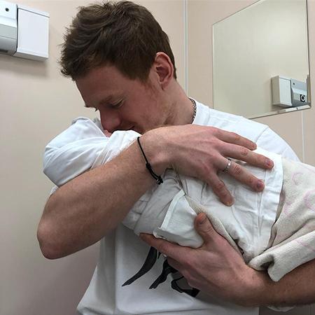 Дмитрий Кугрышев с дочерью