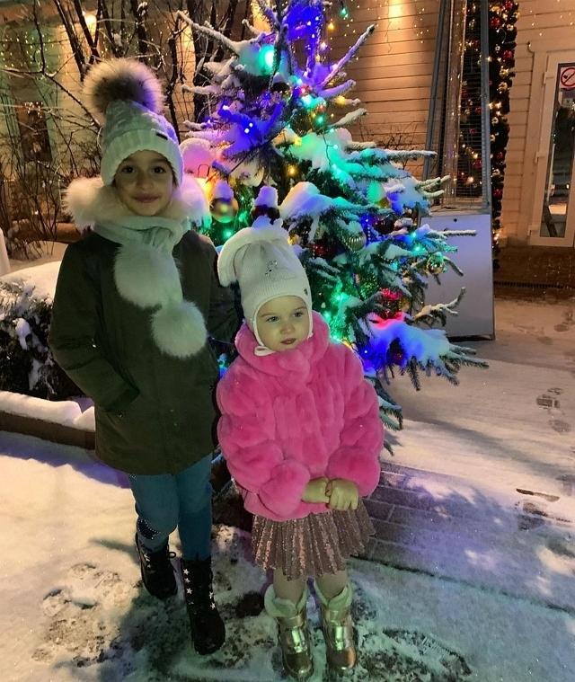 Фото детей участников Дома-2 (27.12.2018)