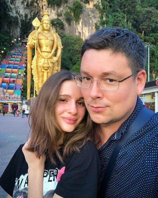 Андрей Чуев и Виктория Морозова путешествуют по разным странам