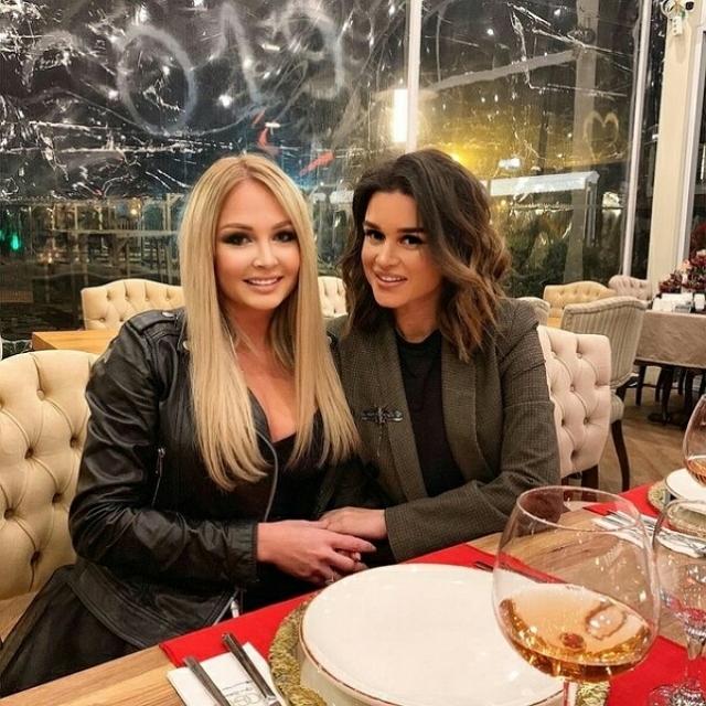 Дарья Пынзарь отметила день рождения в лучшем ресторане Алании