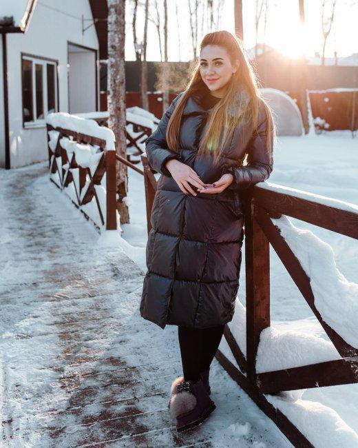 Алена Савкина уже собрала сумку в роддом и включила режим «ждун»