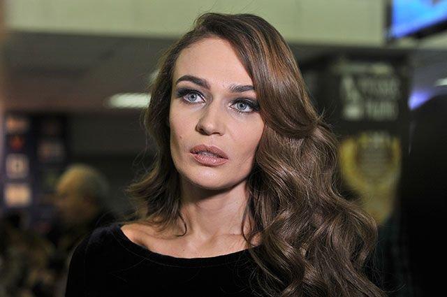 Алена Водонаева решила избавиться от надоевшего каре