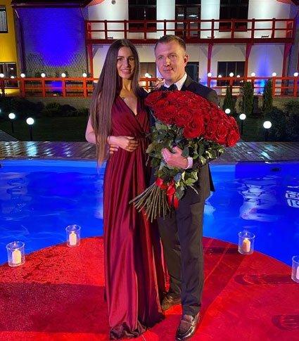 Анастасия Голд и Илья Яббаров определились, какой будет из свадьба
