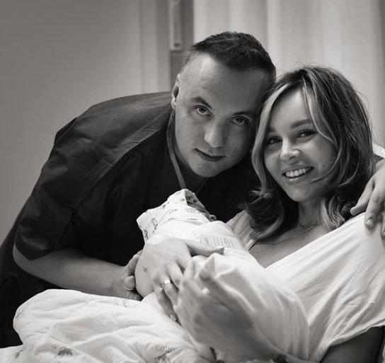 Анастасия Лисова назвала имя своей младшей дочери и рассказала как прошли роды