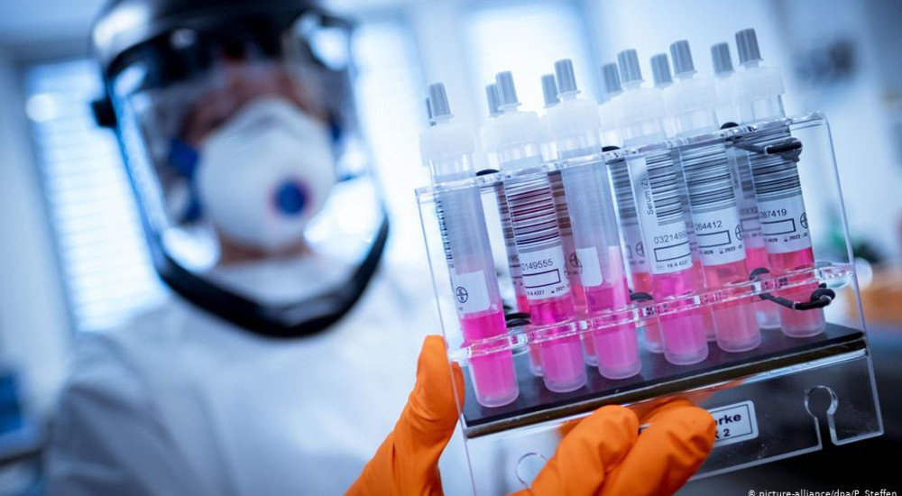 Почему у некоторых людей есть иммунитет на COVID-19, хотя они не болели им.
