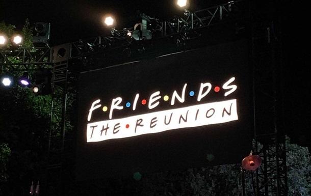 Дженнифер Энистон показала видео со съемок спецвыпуска Друзей