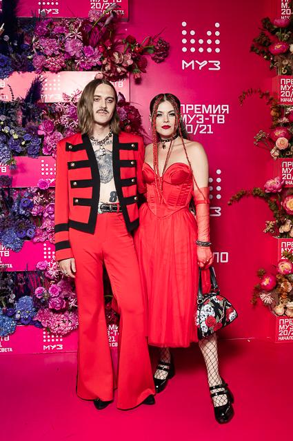 Илья Прусикин и Софья Таюрская (Little Big)