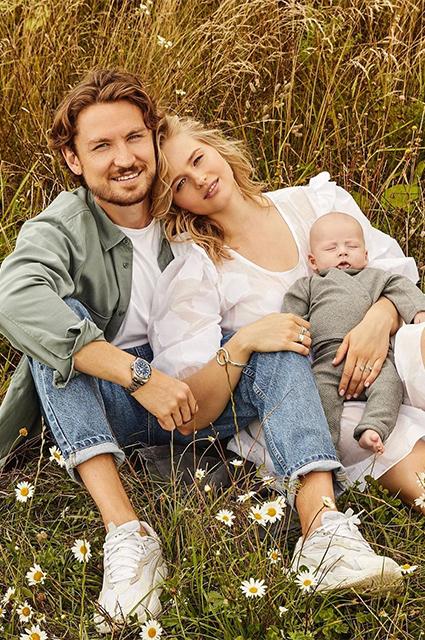 Александра Бортич с мужем и сыном