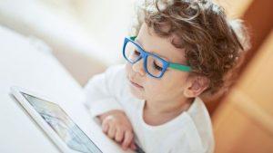 fmt 94 24 shutterstock 245439208 - Татьяна Черниговская: «Лучшее, что мы можем сделать для детей – это разглядеть их»