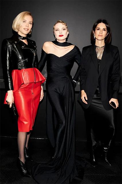 Наталья Давыдова, Рената Литвинова и Ксения Соловьева