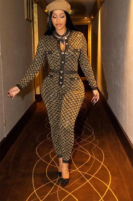 Карди Би в Chanel